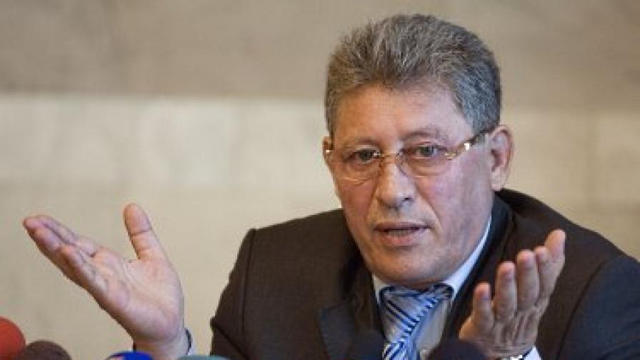 Съдът разпуска парламента на Молдова