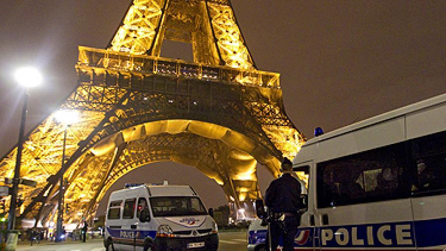 Прословутата кула отново бе опразнена, но полицаите не намериха взривно устройство