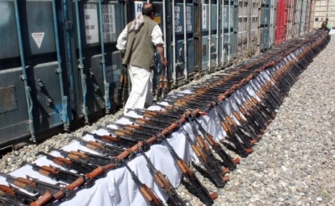 Афганистан: Талибани преговарят с президента Карзай?