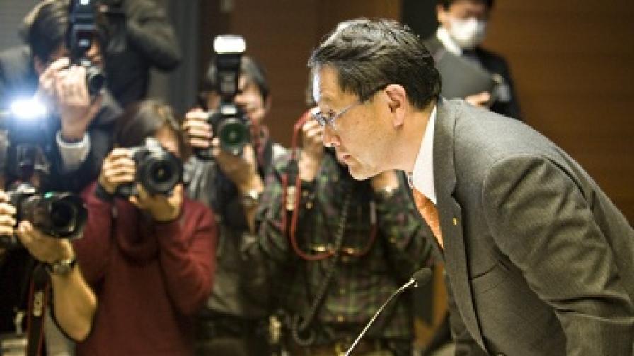 """Президентът на """"Тойота"""" Акио Тойода на една от срещите с медиите по повод проблемите с автомобилите"""