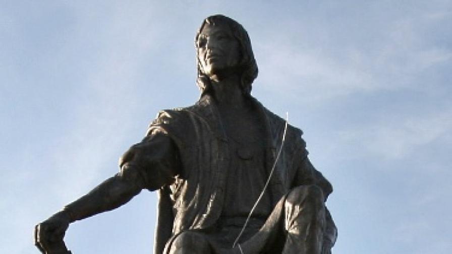 Статуя на Христофор Колумб