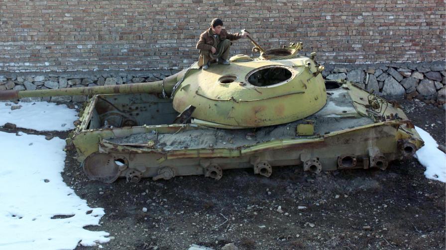 Руснаците се завръщат в Афганистан след 20 години