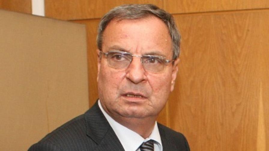 П. Димитров: Не водим война със синдикатите в МВР