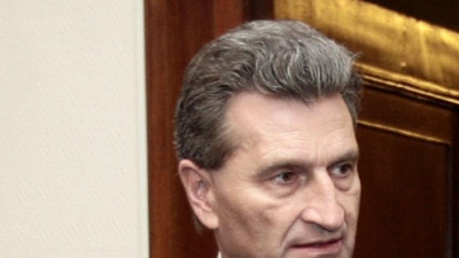 Брюксел: Да, България се съветва с нас