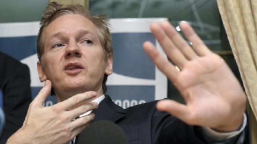 """САЩ на нокти заради """"Уикилийкс"""""""