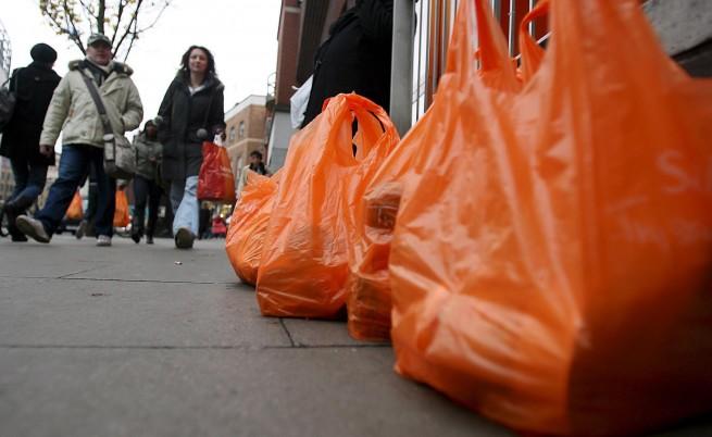 От догодина найлоновите торбички стават 15 ст.