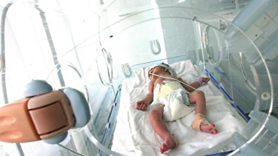 Пуснаха арестуваните лекари, заподозрени в убийство на бебе