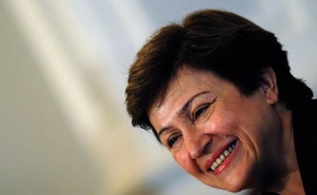 EurActive: Възторжени българи искат Кристалина Георгиева за президент