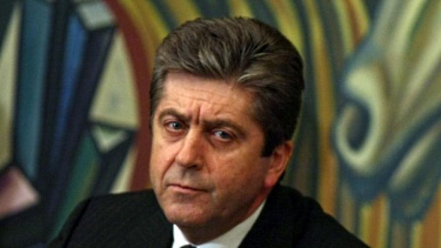Първанов: Дипломатите с досиета не са проблем