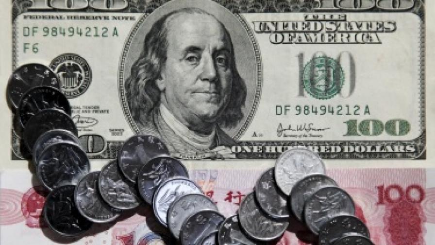 """Светът тръгна на """"война"""" с валутите"""