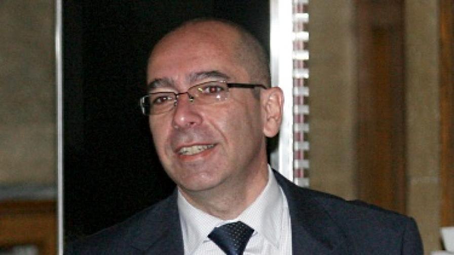 Здравният министър: Случаят в Горна Оряховица не е работа на политиците