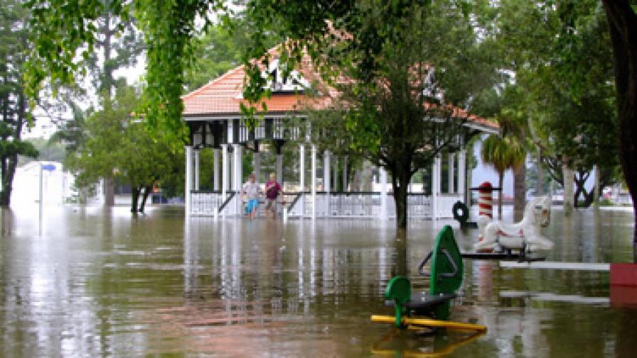 900 хил. напуснаха домовете си заради наводнения в Шри Ланка