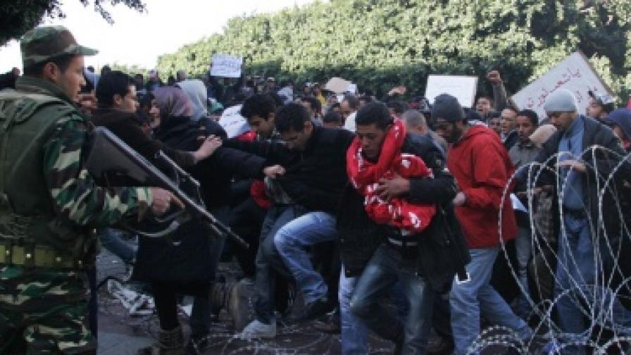 Тунис: Обезщетения за загиналите демонстранти