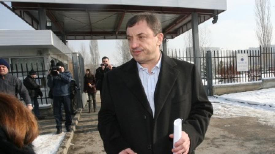 Алексей Петров излиза от Националната следствена служба