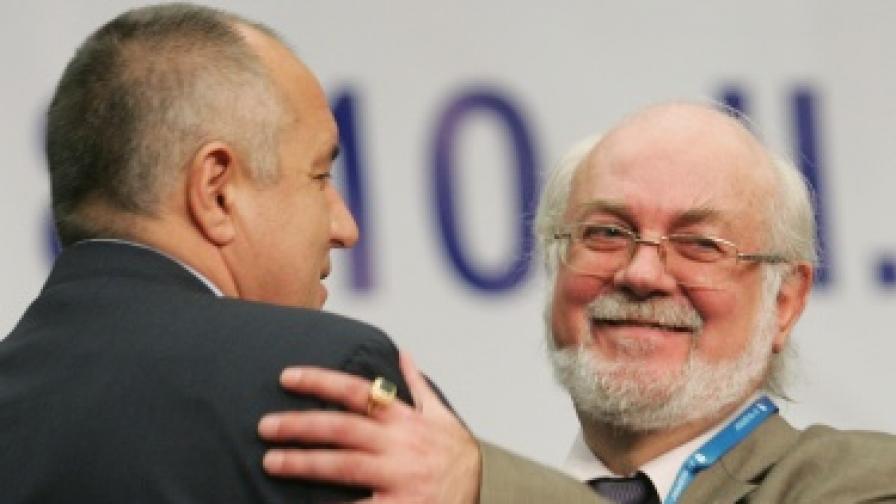 Борисов: Стиснете зъби и 2012 г. ще се подобрим