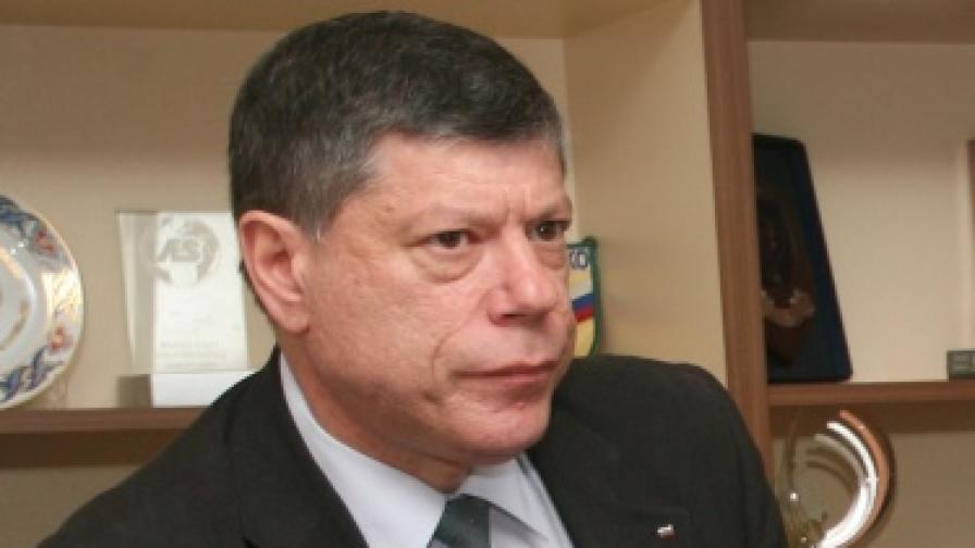 Странджев: Висш служител взе 4 млн. лв. подкуп