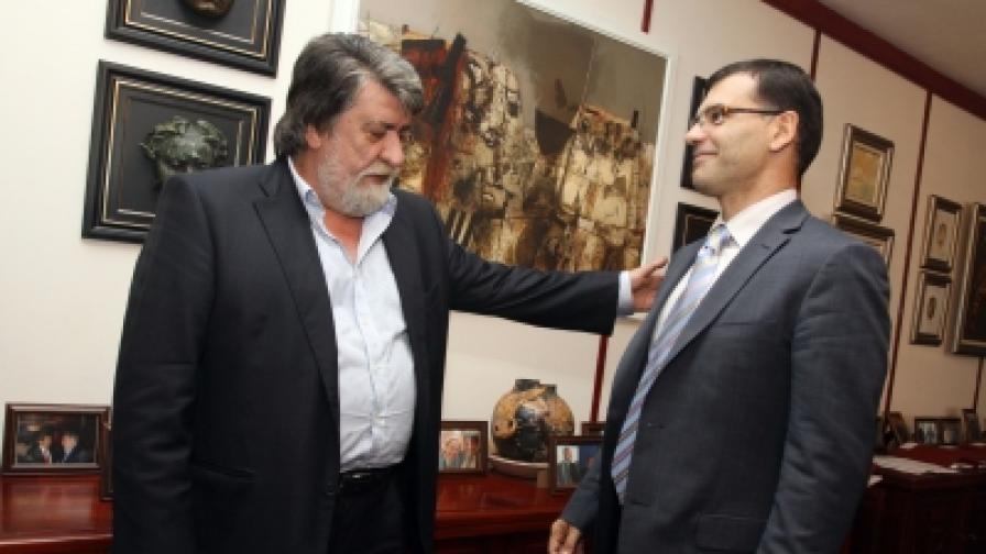 Двама министри обещават в Кърджали