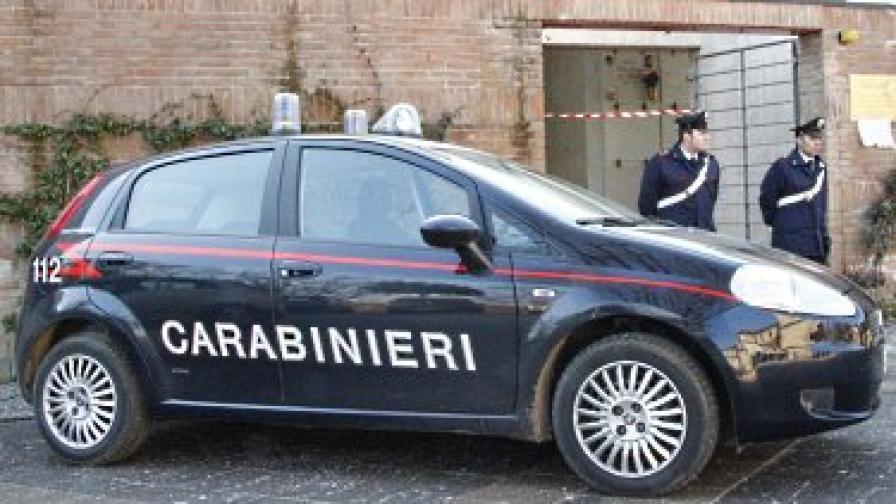 Мъж нападна летището в Милано