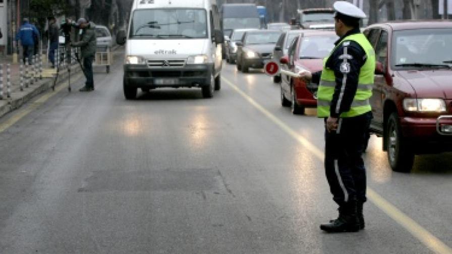Инвалид загина след удар от автобус в София, пресичал на червено