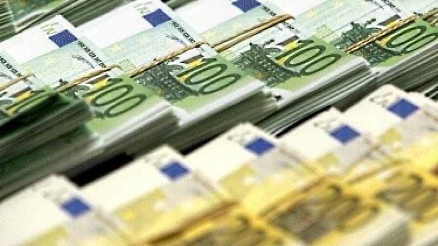 """""""Мудис"""" понижи с 3 степени кредитния рейтинг на Гърция"""