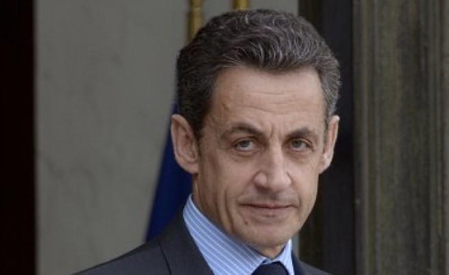 Париж призна Преходния национален съвет в Либия