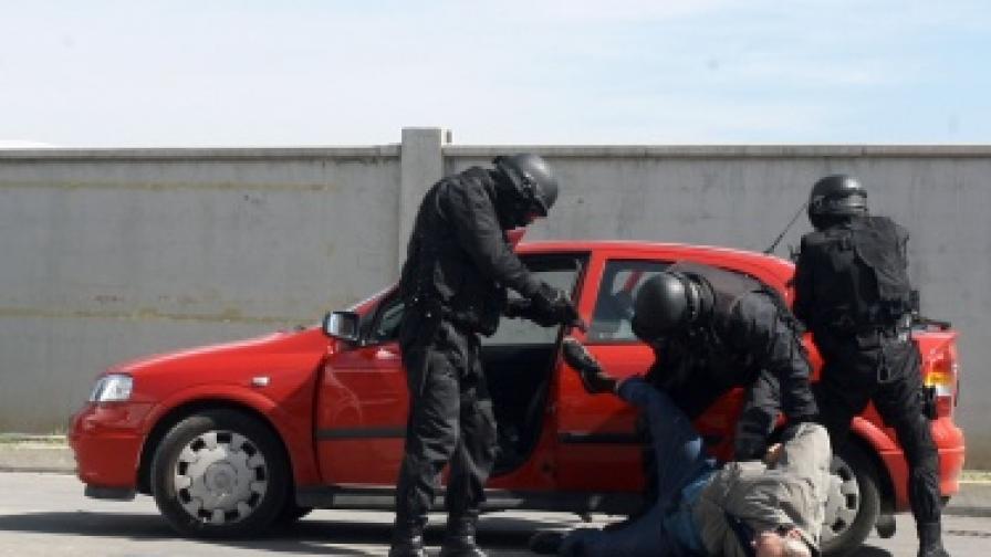 Кризи със заложници в България