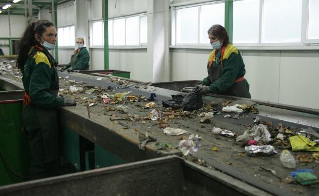 Евростат: Българите не осъзнават колко боклук произвеждат