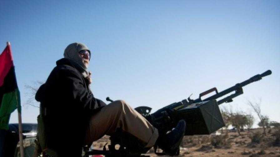 САЩ пратиха преговарящ с бунтовниците в Либия