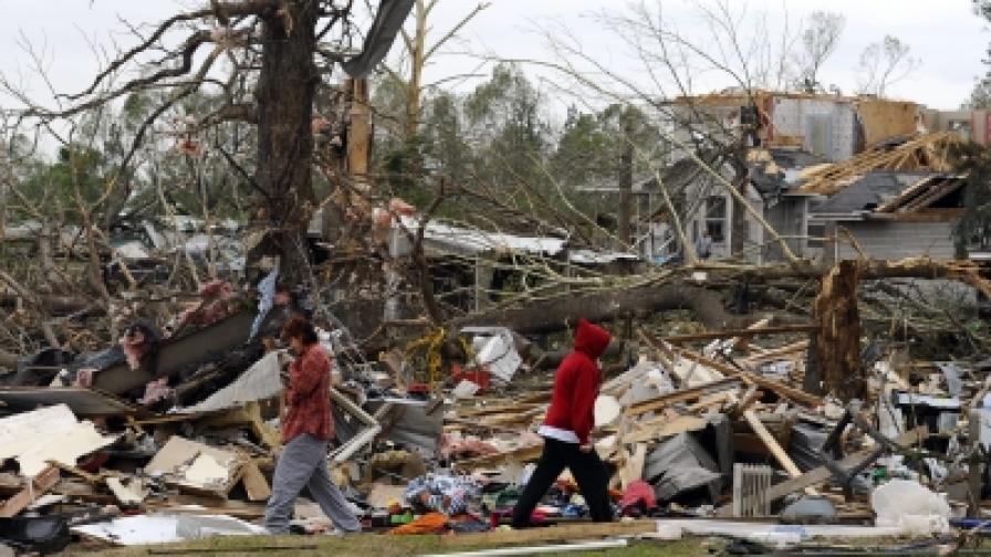 25 жертви на торнада в САЩ