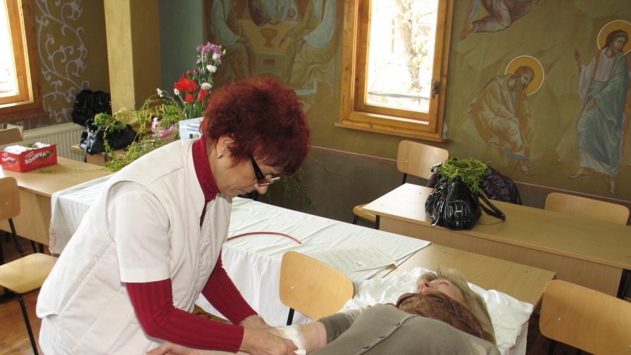 Мъжете между 31 и 40 години даряват най-много кръв