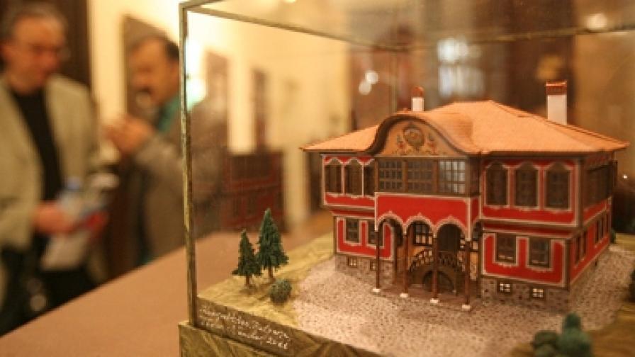 """От изложбата """"Възрожденският дух на Копривщица и Мелник. Авторските модели на Тодор Нанчев"""""""