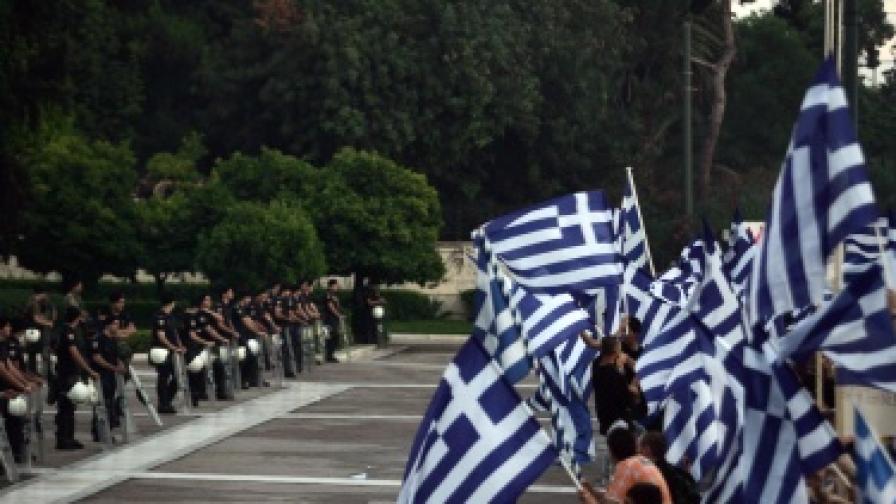 Изнасяме аварийно ток към Гърция заради стачките