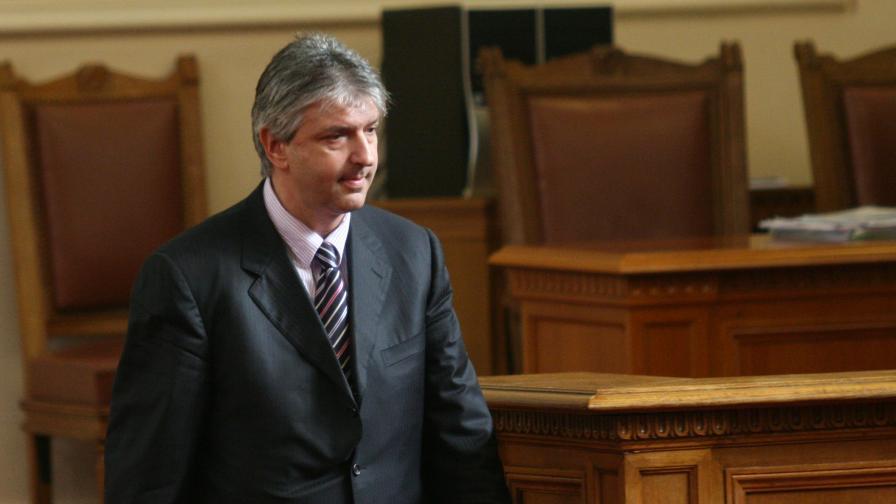 Лъчезар Иванов настоява да го проверят