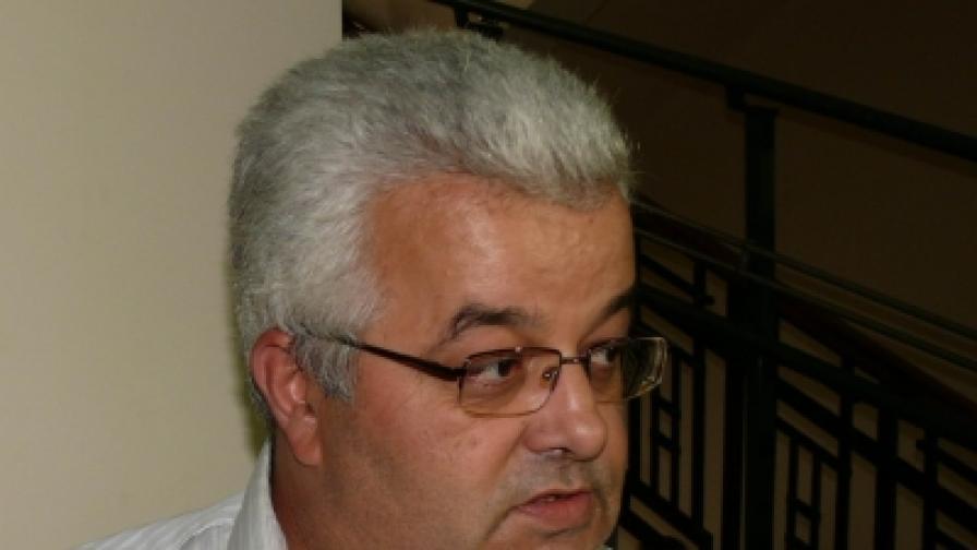 """Адвокат Иво Найденов е един от защитниците на Петър Стоянов-Сумиста, сочен за главатар на бандата на """"Килърите"""""""