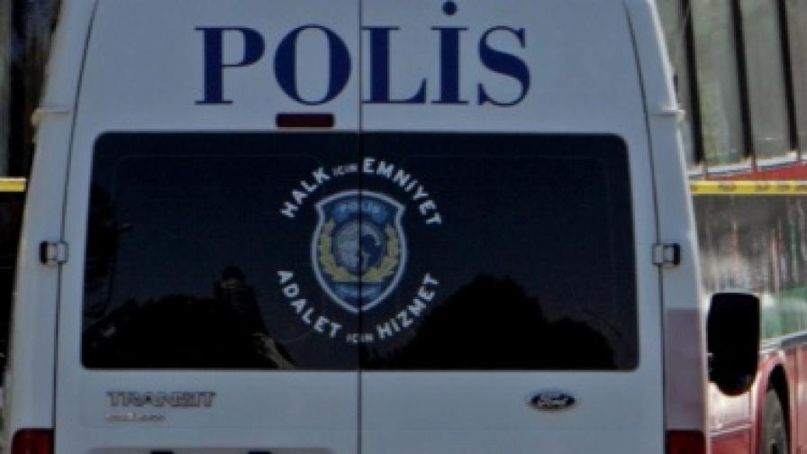 Истанбул: Хванаха българи, точили банкови сметки