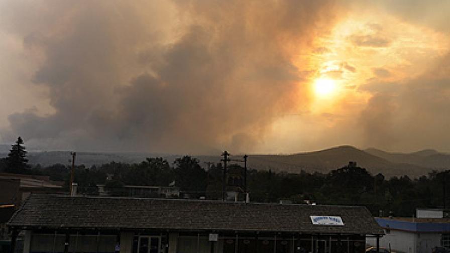 Щат Ню Мексико се бори с най-големия горски пожар в своята история