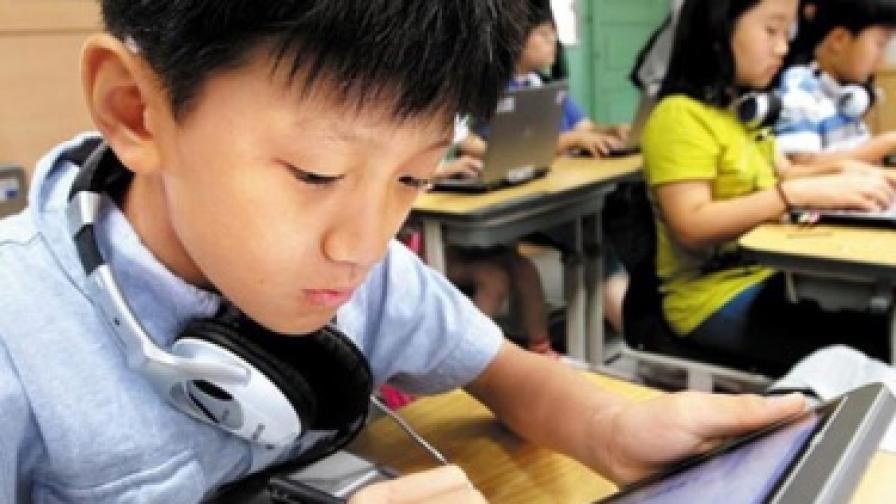 В Южна Корея сменят учебниците с таблети