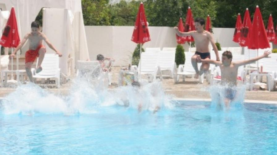Откритите басейни в София - изправни за сезона