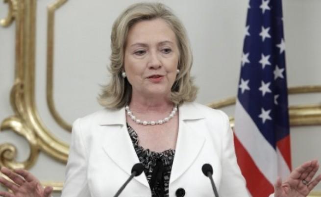 Клинтън: Дните на Кадафи са преброени
