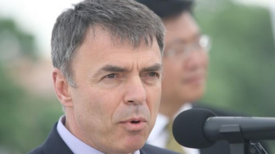 Игнатов: 80 хил. българи не могат да четат и пишат