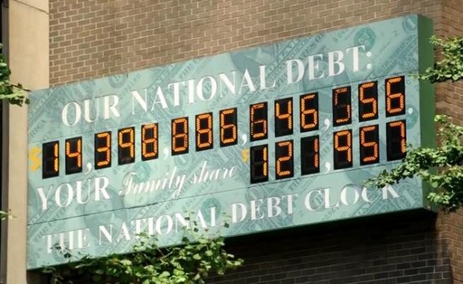 Колко пари дължат САЩ на своите кредитори