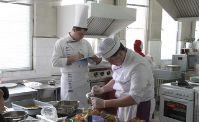 В ресторантите ще работят само хора с квалификация и стаж