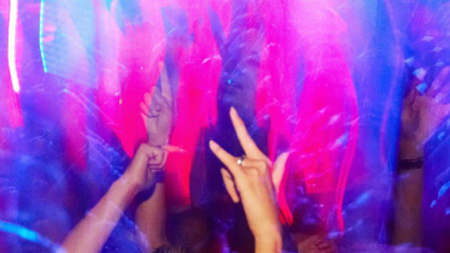 """Хотелиери от """"Слънчев бряг"""" се обявиха срещу силната музика в комплекса"""