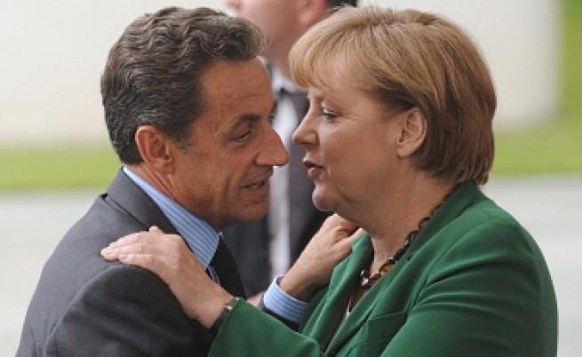 Французите вярват повече на Меркел, отколкото на Саркози