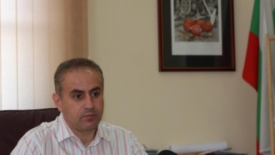 Петър Паунов нареди да бъдат изместени секции от ромския квартал в Кюстендил
