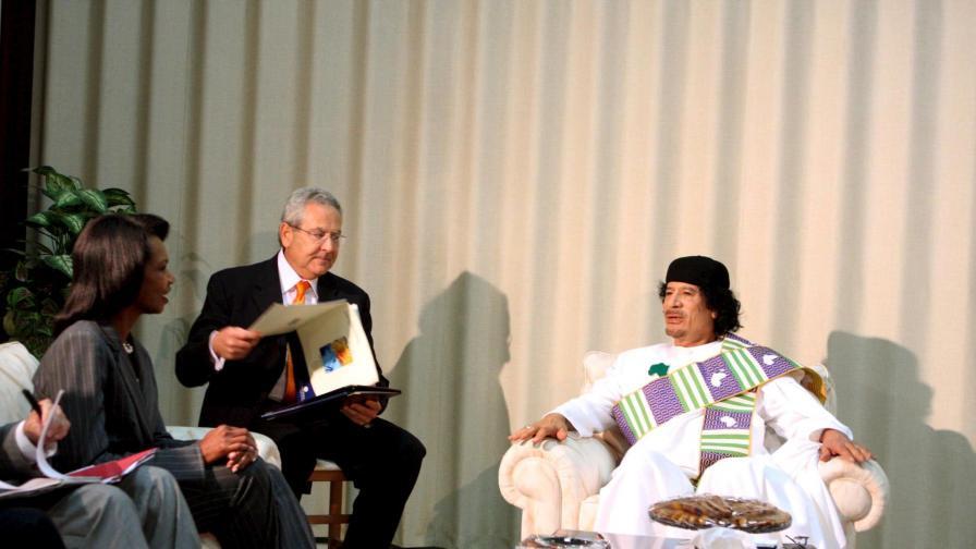 """""""Фигаро"""": Кадафи наистина си е падал по Конди"""