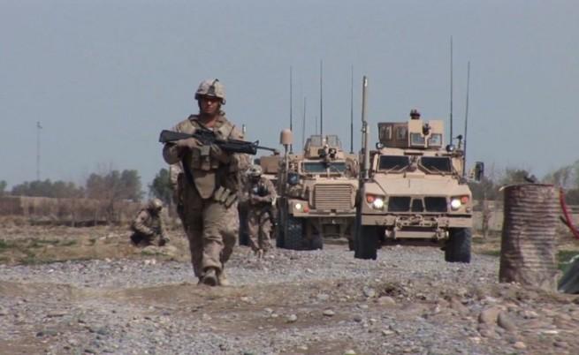 90 ранени при атентат срещу база на НАТО в Афганистан