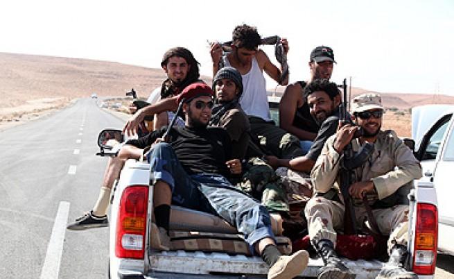 Либийските бунтовници поискаха признание от ООН