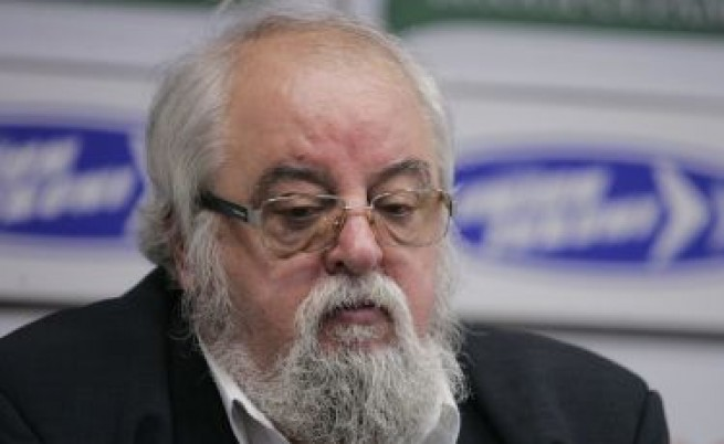 Издигналите Николай Василев ще съдят държавата