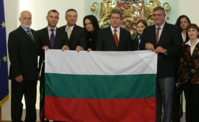 Първанов упрекна държавата, че не подкрепя антарктиците ни